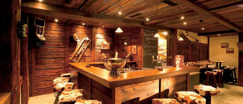 Hotel Perren, Zermatt, Switzerland - bar.jpg